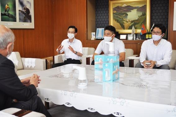 2009_news_seinenbu.JPG